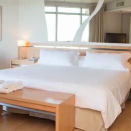 Hotel Maran Suites & Towers habitación suite presidencial cama