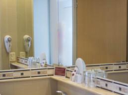 Hotel Maran Suites & Towers habitación baño